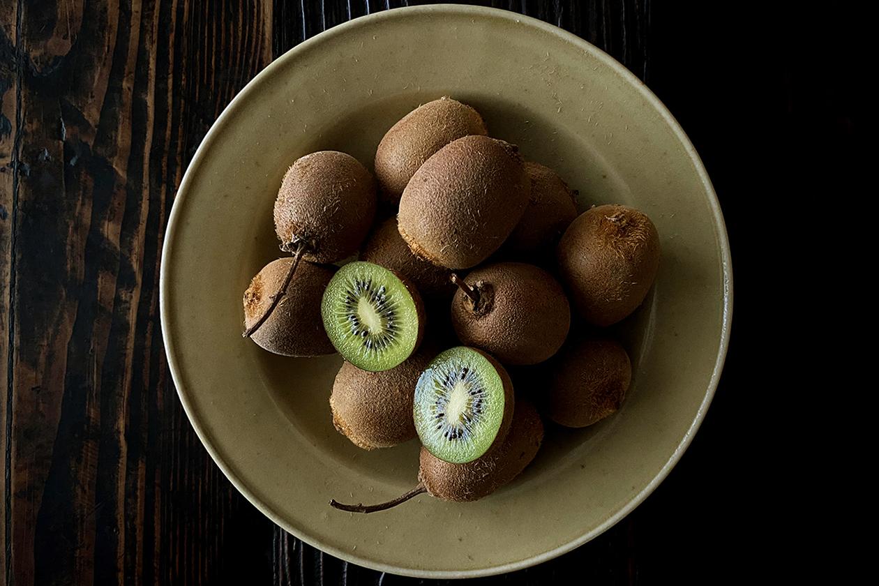 野性的なキウイフルーツ